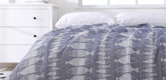 How to pick the right blanket for your bed